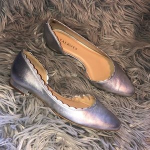 Talbots silver pointed scallop 7 flats